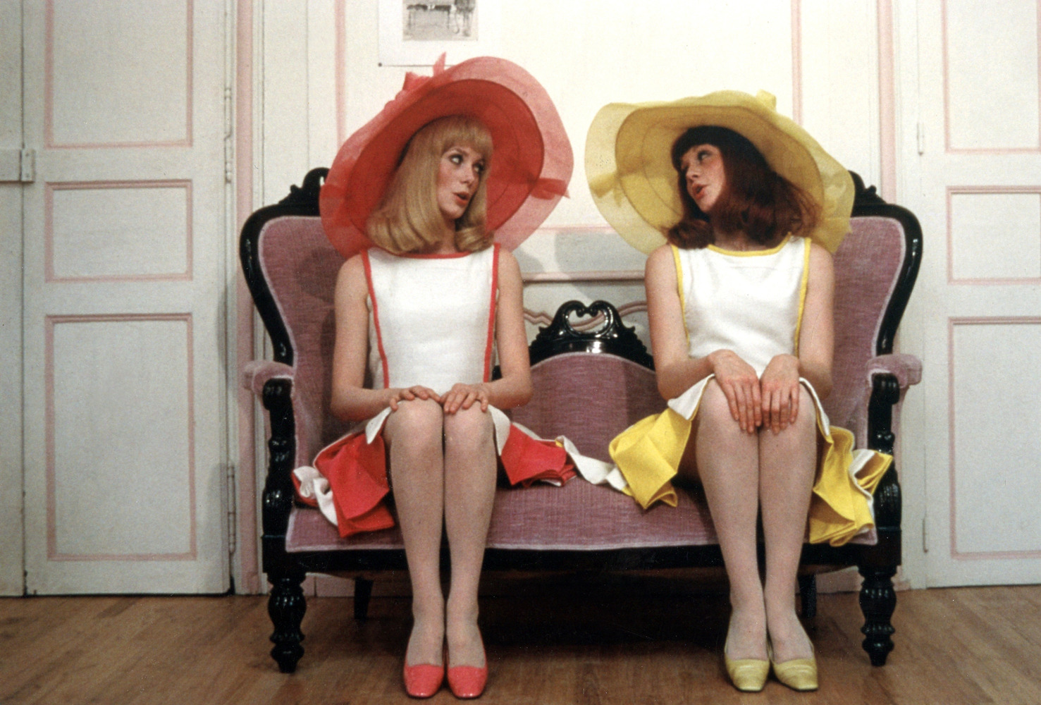 005-solange-delphine-les-demoiselles-de-rochefort-jacques-demy-the-red-list